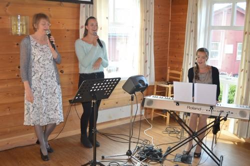 Lovsongsteamet med Marit Helene Aas, Elise Kulleseid og Ingvild Nordfonn